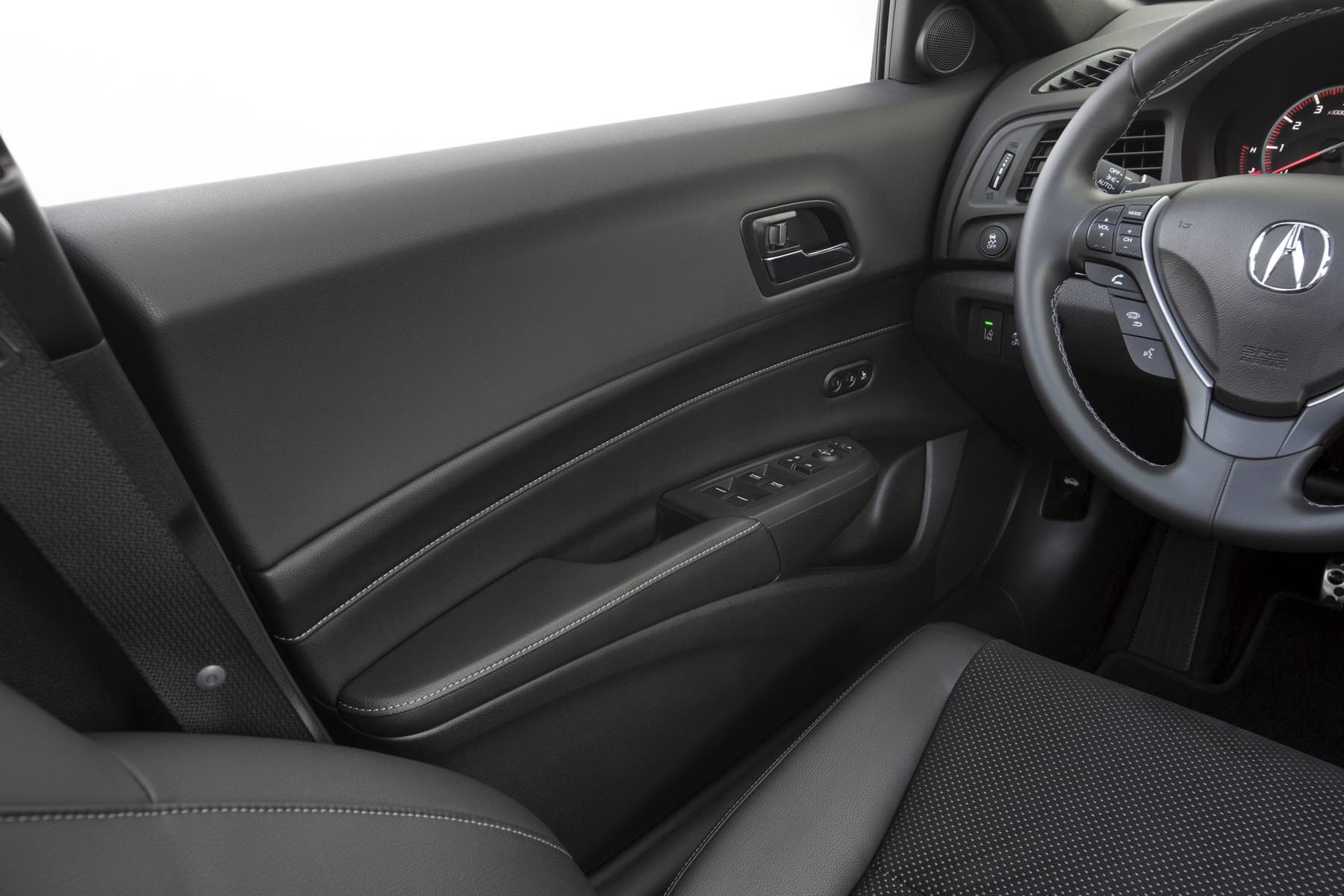Acura-ILX-032