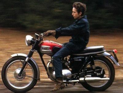 Triumph Bonneville: choice of celebrities like Bob Dylan