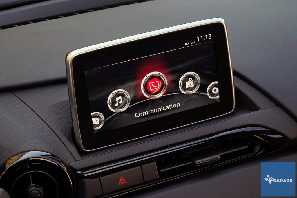 2016-Mazda-MX5-Miata-019