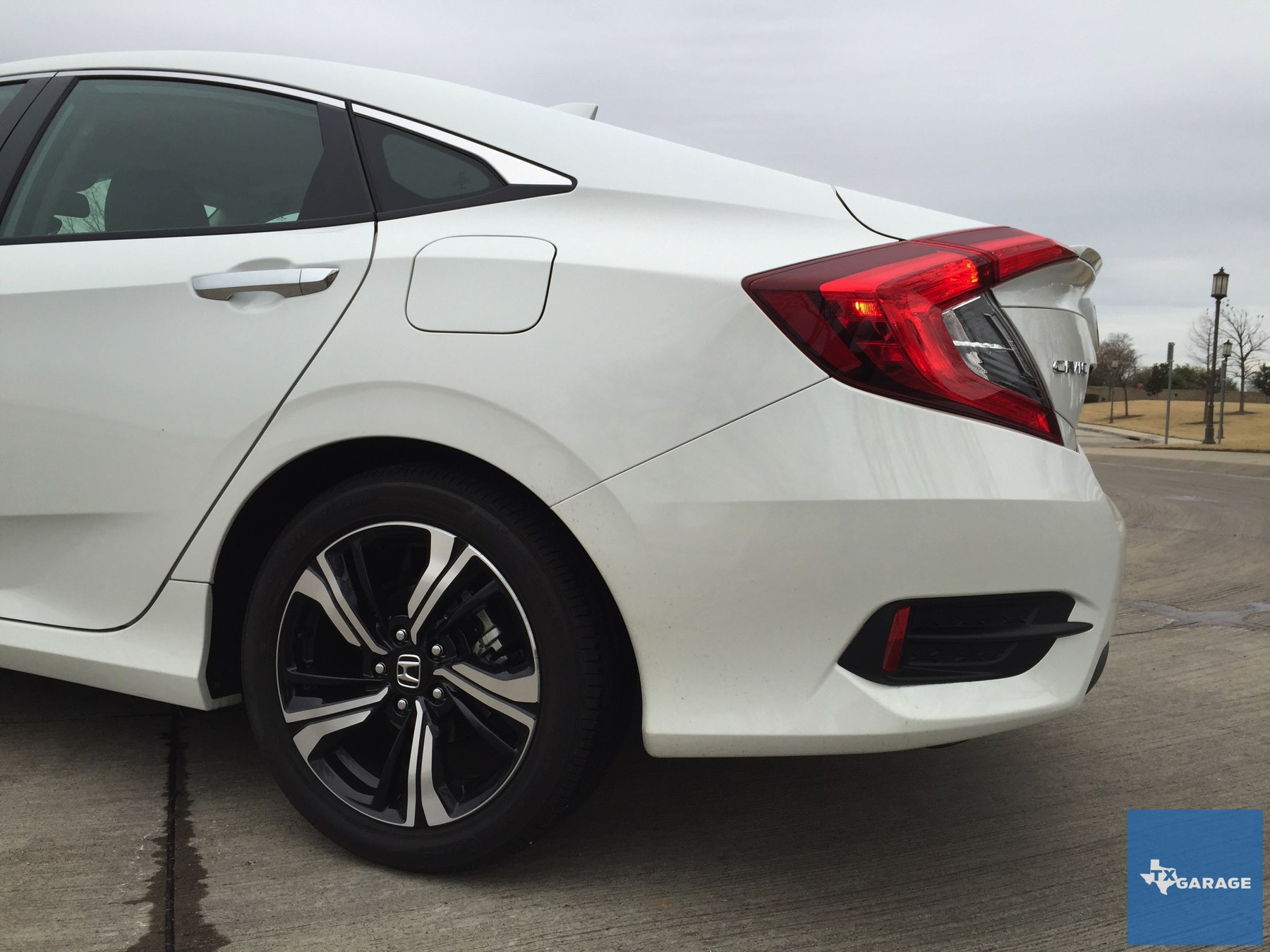 2016-Honda-Civic-by-txGarage-016