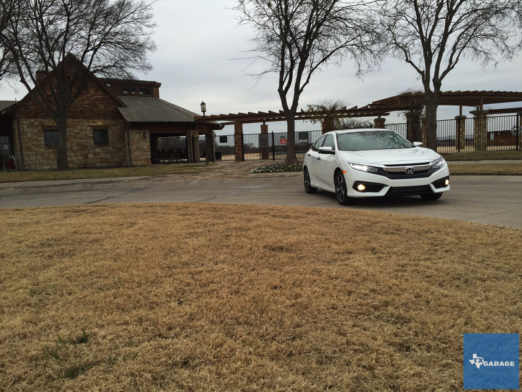 2016-Honda-Civic-by-txGarage-037