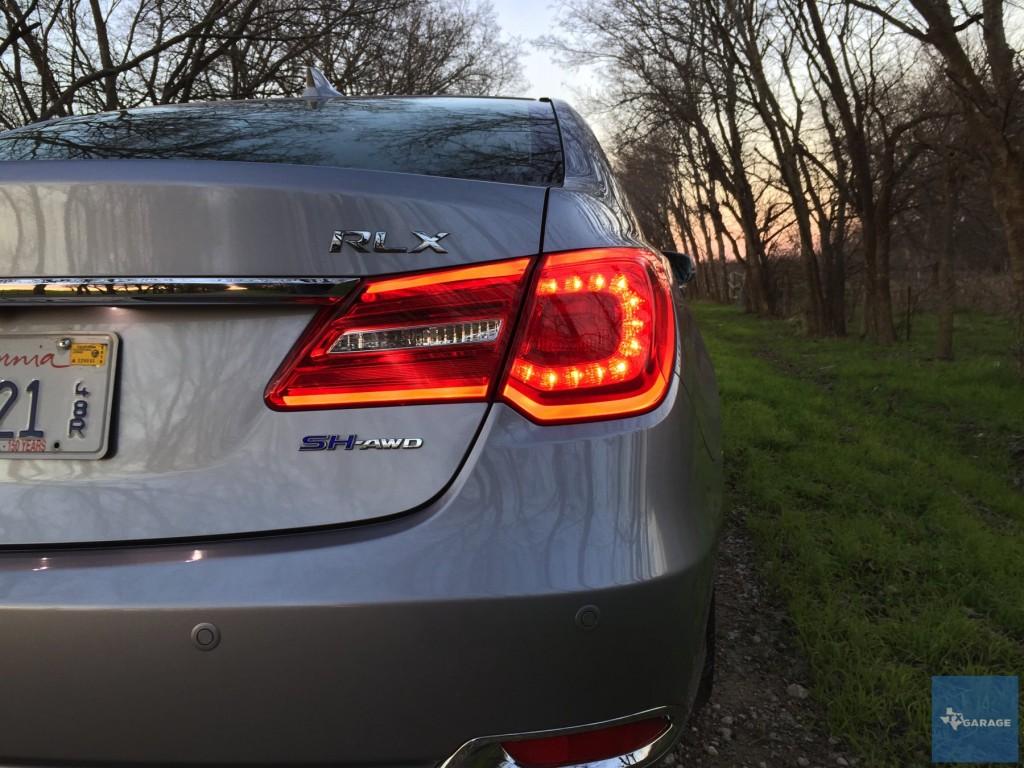 2016-Acura-RLX-Sport-Hybrid-SH-AWD-032