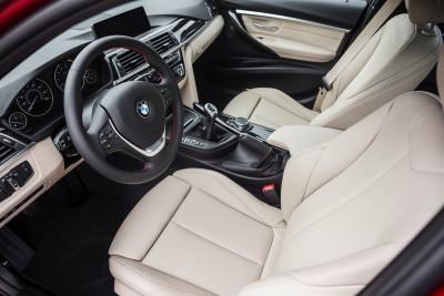 2016-BMW-340i-txGarage-007