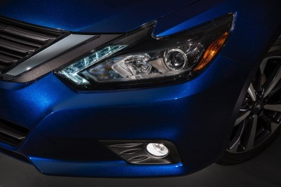 2016-Nissan-Altima-008