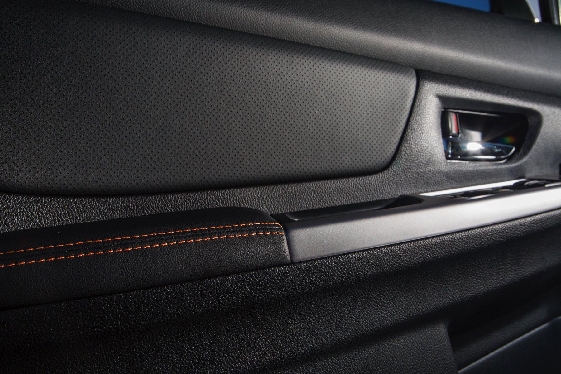 2016-Subaru-Crosstrek-002