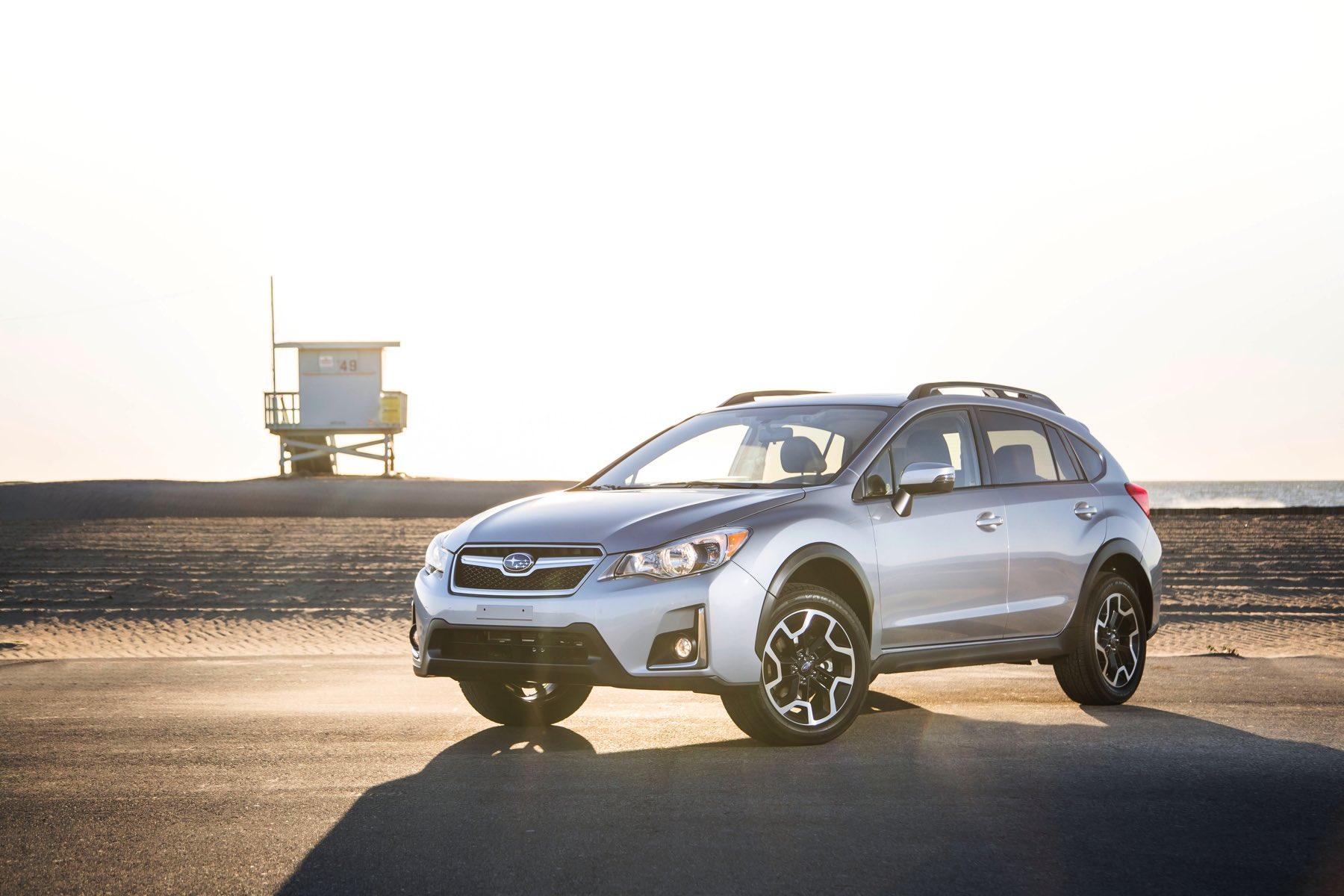 2016-Subaru-Crosstrek-020