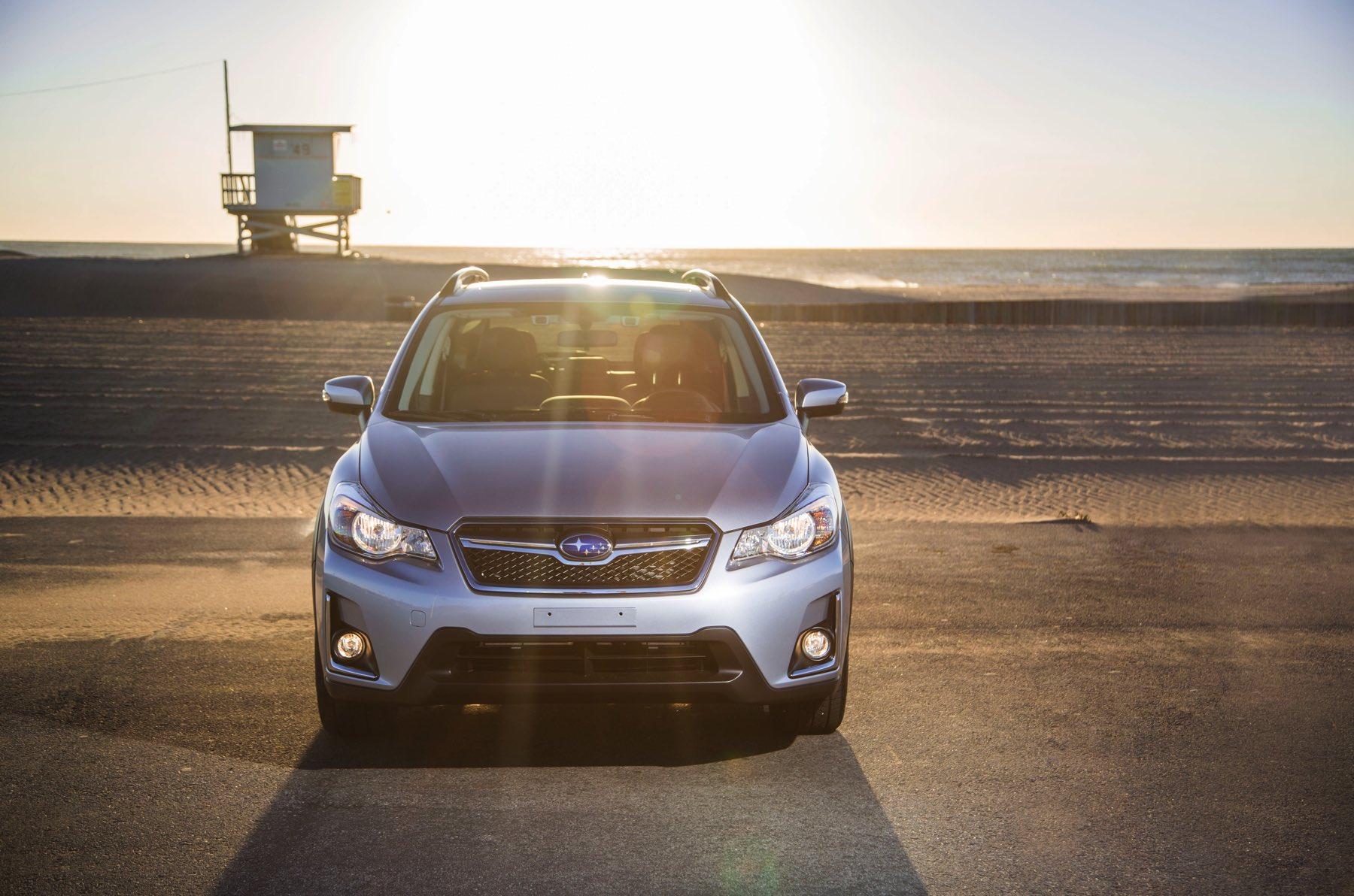 2016-Subaru-Crosstrek-021