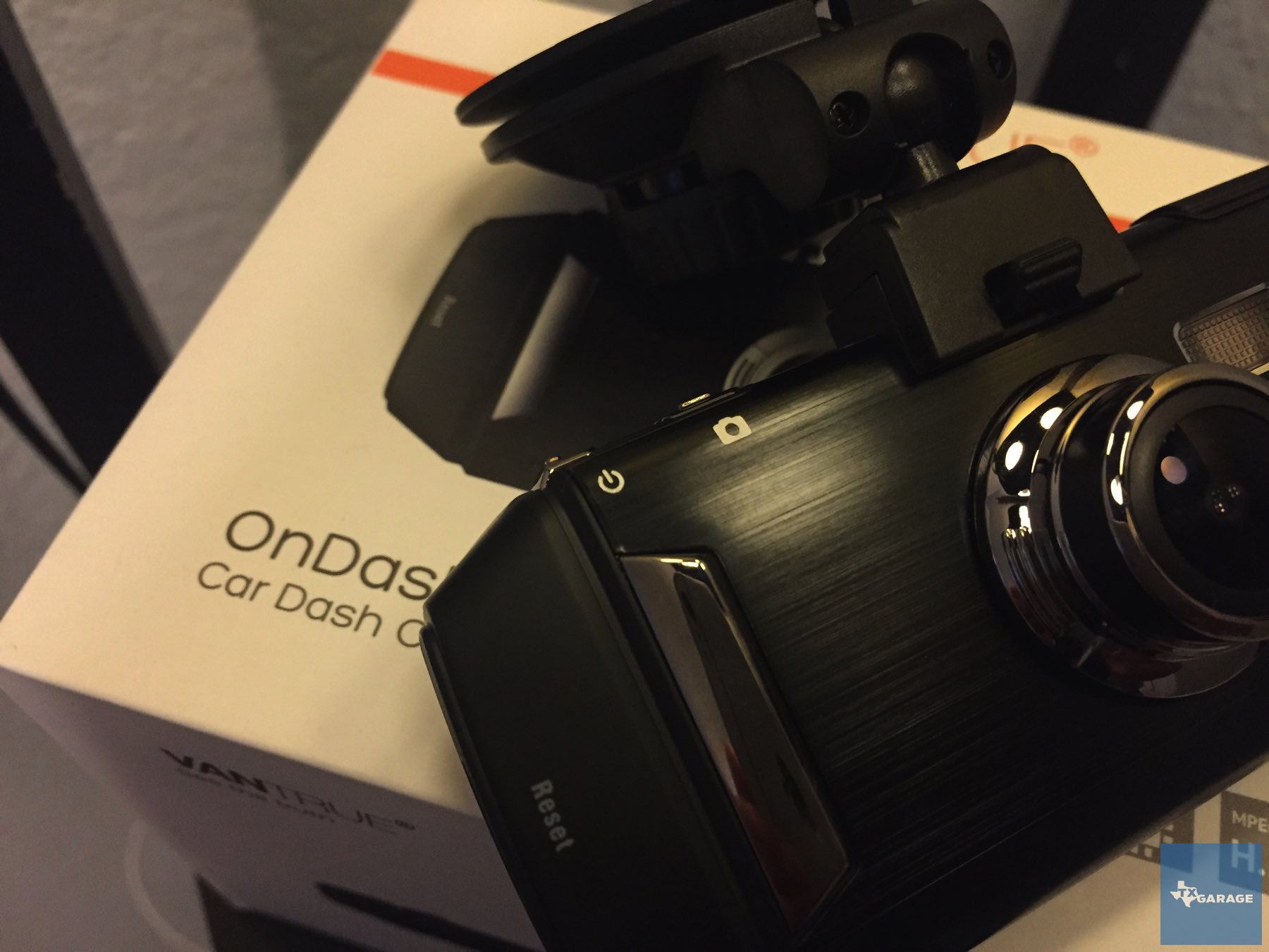 Vantrue-OnDash-R2-camera-011