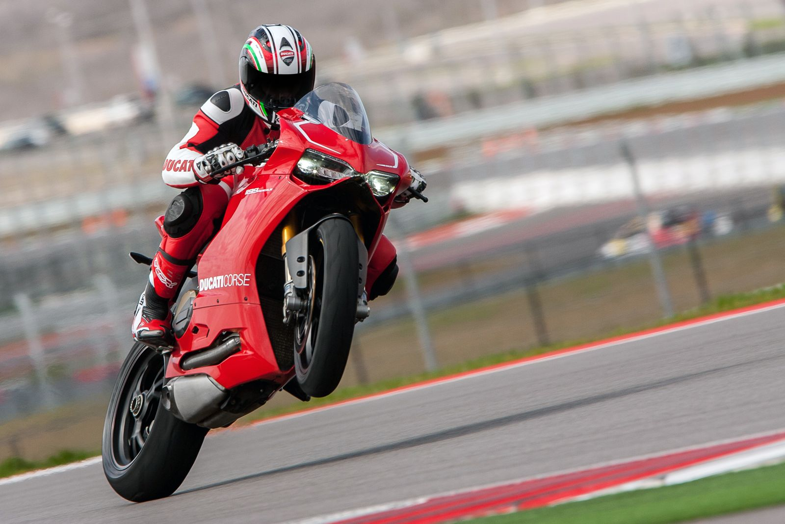 2013-motogp-ducati-anticipates-the-cota-round-58071_1