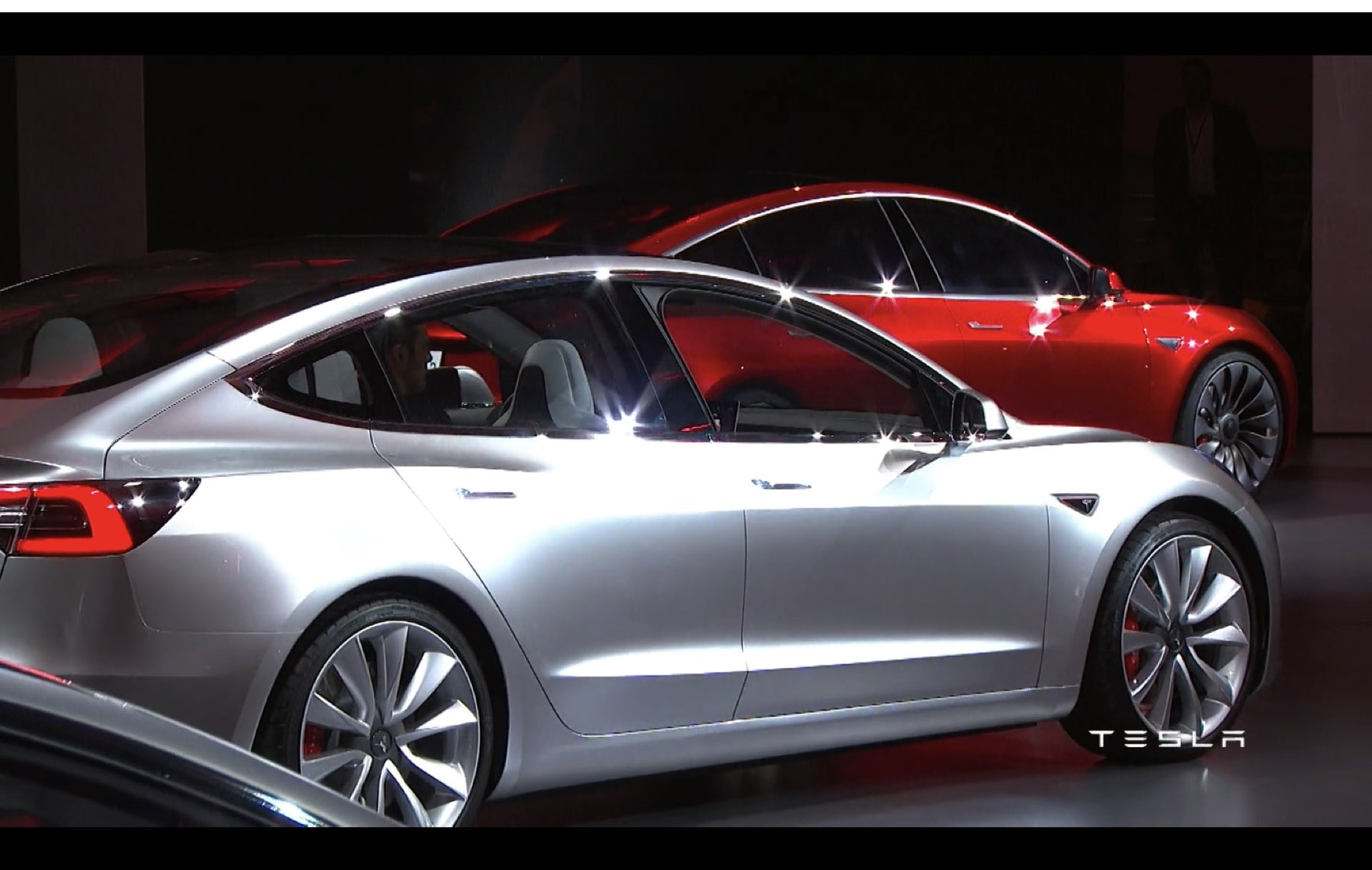 2017-Tesla-Model-3-026