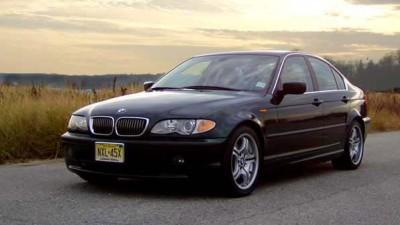 04-BMW-330i-4-door-002