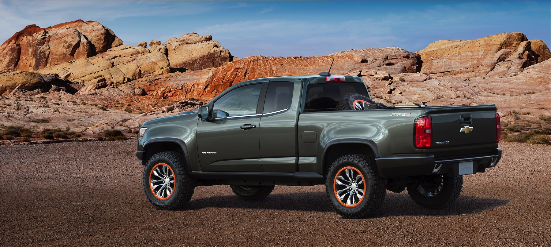2015-Chevrolet-ColoradoZR2-Concept-144