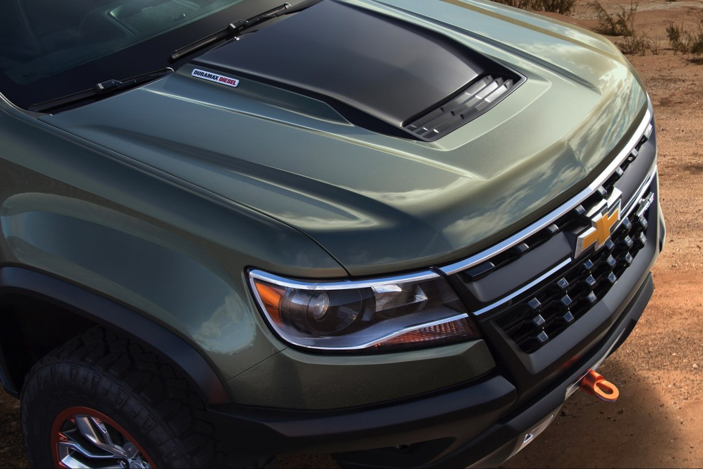 2015-Chevrolet-ColoradoZR2-Concept-145