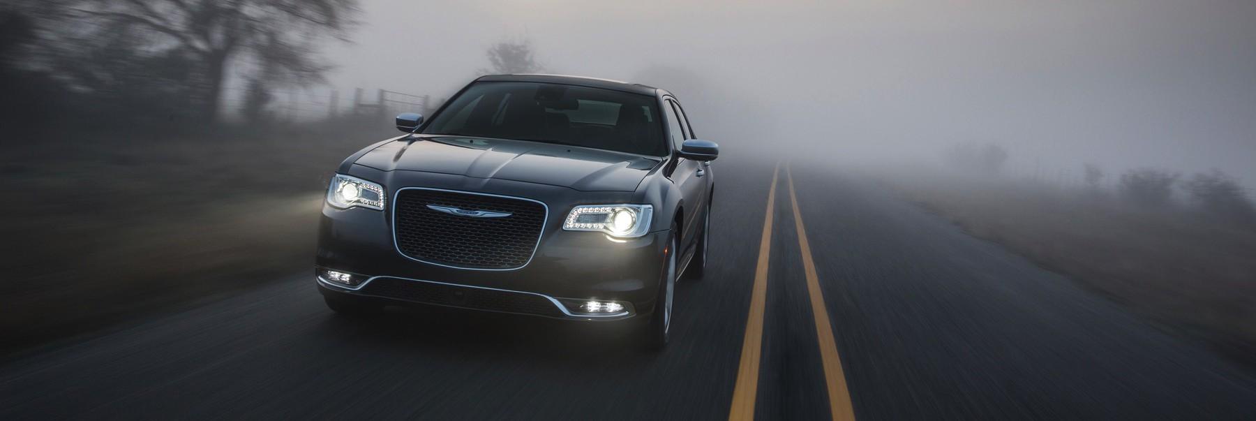 2017 Chrysler 300c reviewed by David Boldt – txGarage