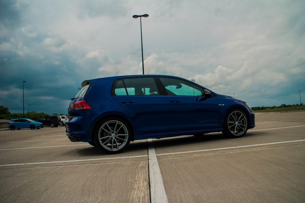 019_scaled_VW-Golf-R-19.scale-400