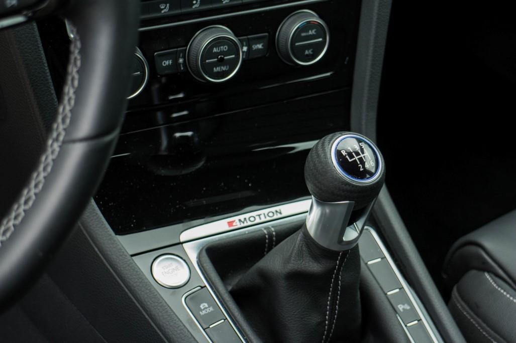 023_scaled_VW-Golf-R-23.scale-400