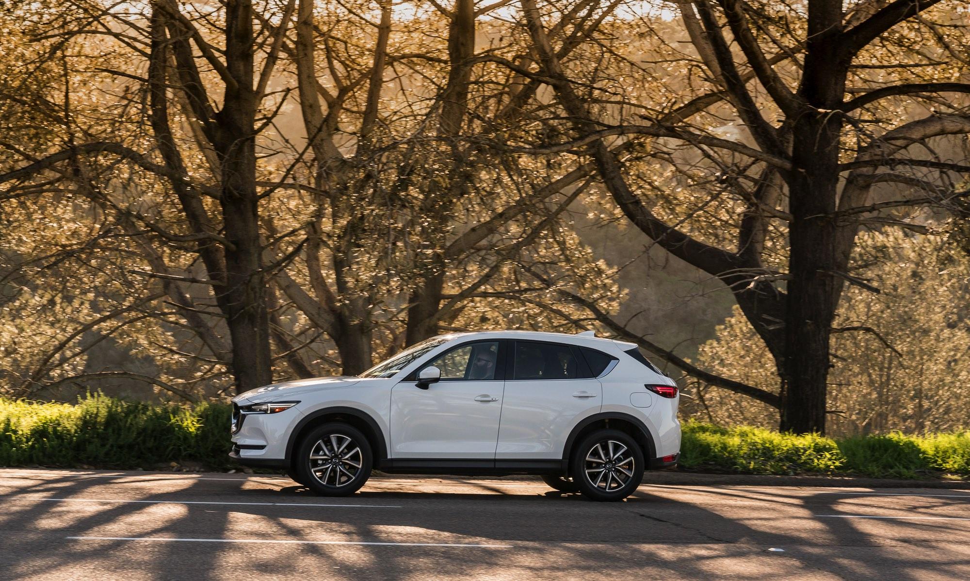2017-Mazda-CX-5-7