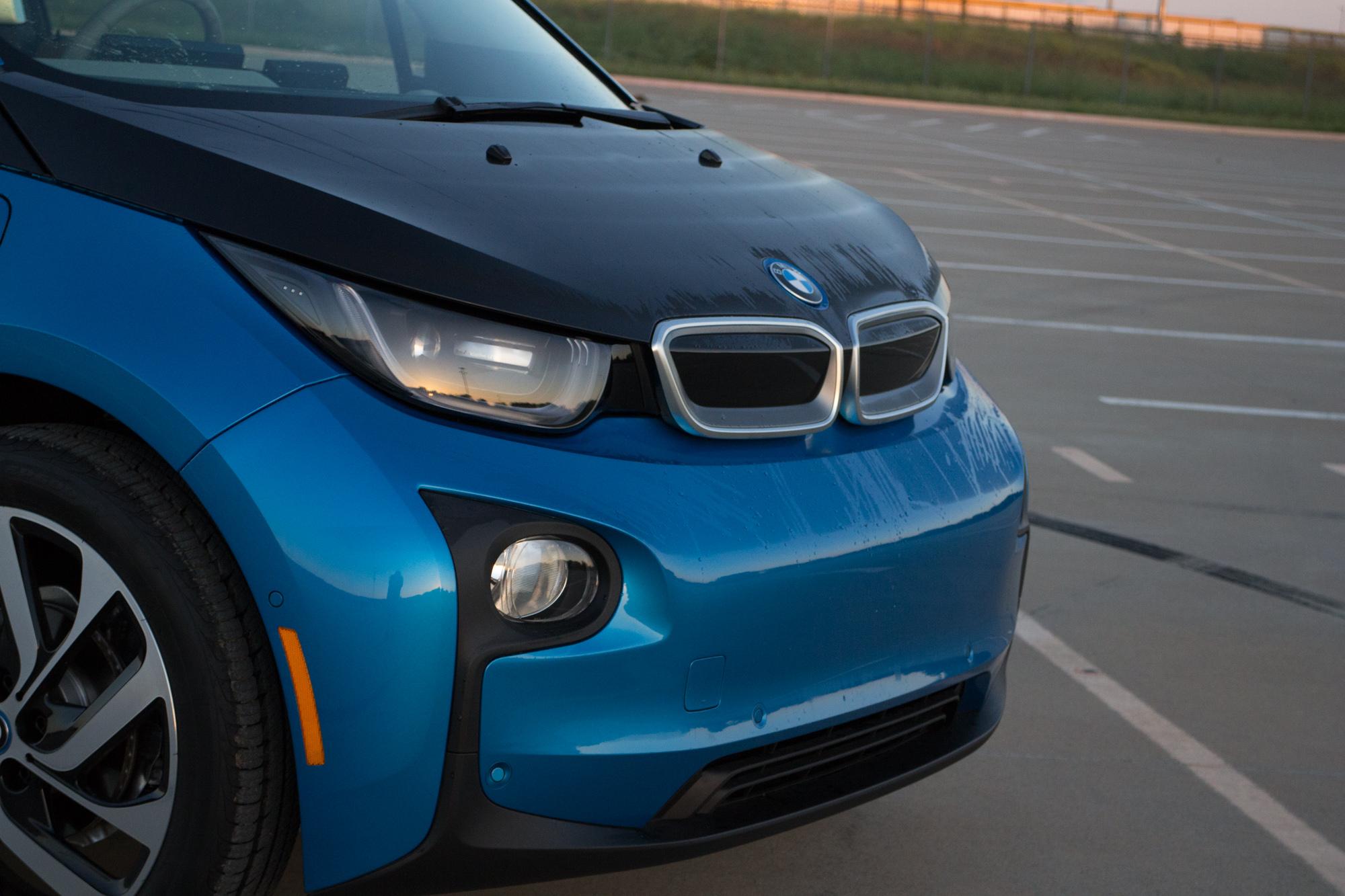 2017-BMW-i3-3