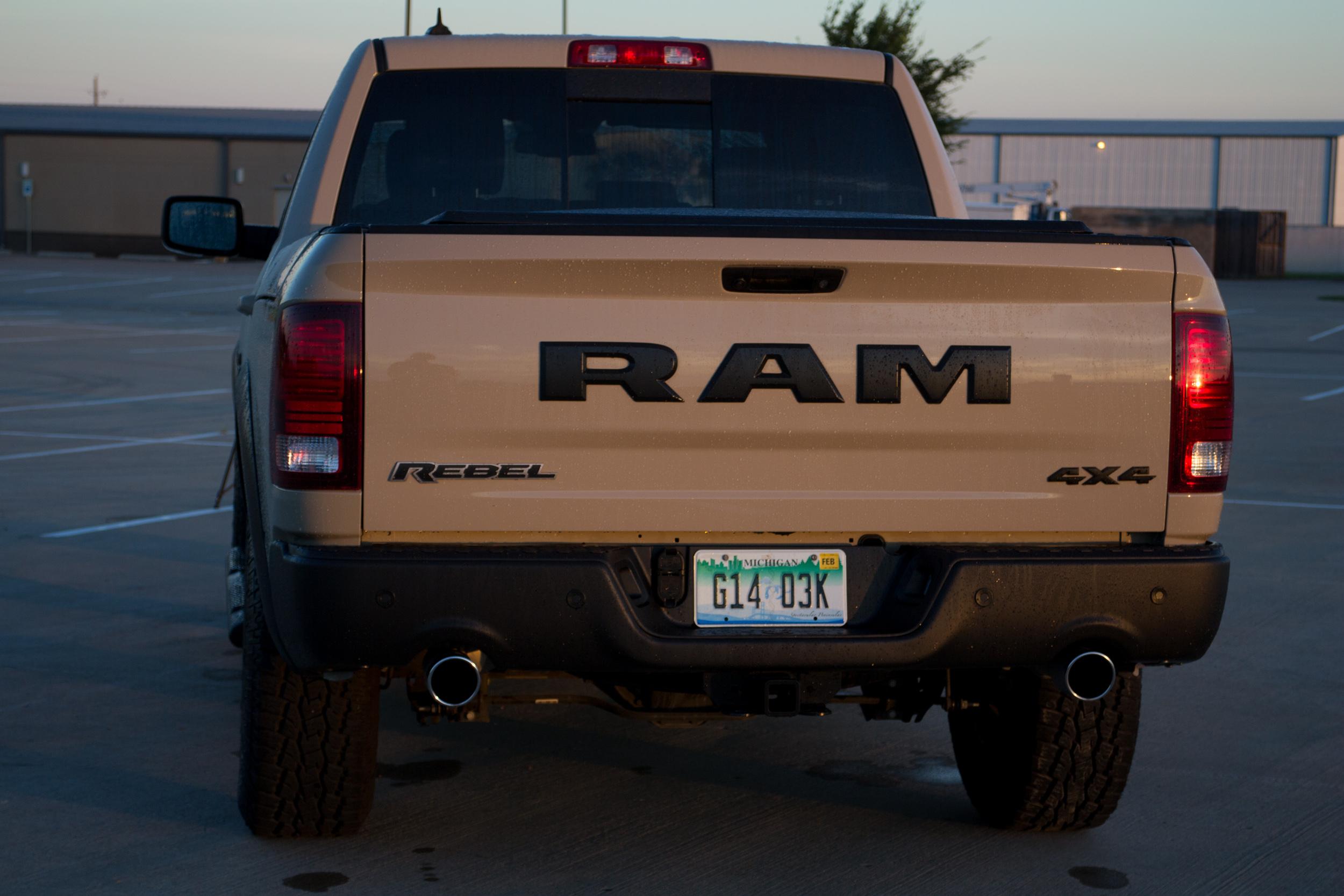 2017-RAM-1500-Rebel-16