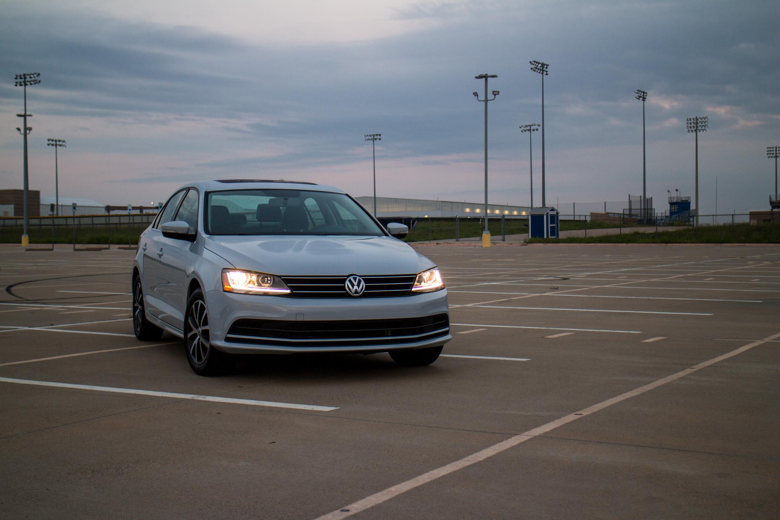 2017-VW-Jetta-1