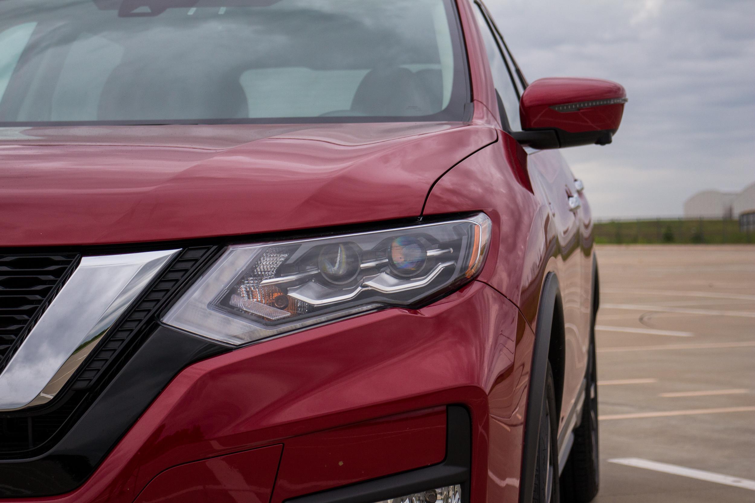 2017-Nissan-Rogue-3