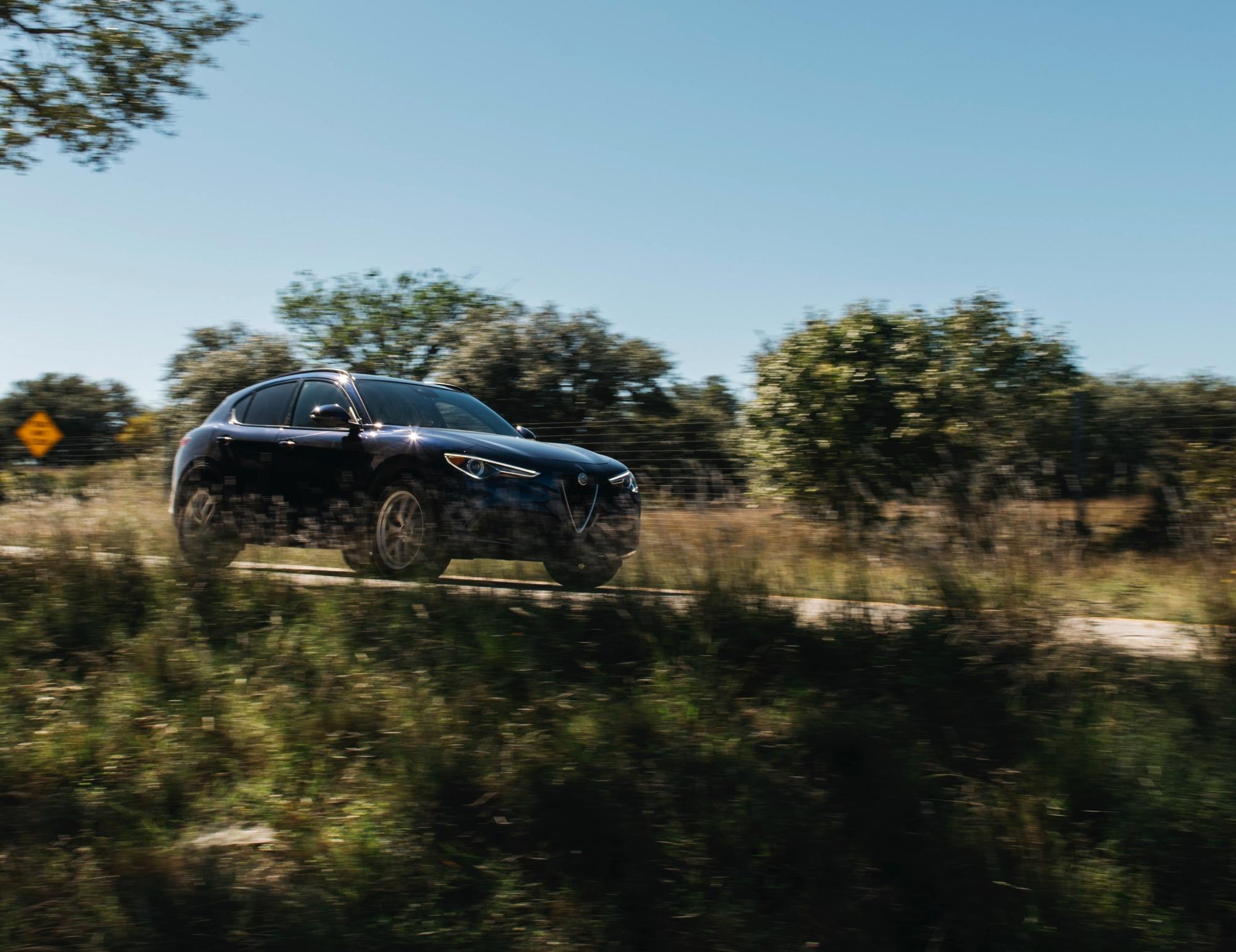 2018-Alfa-Romeo-Stelvio–Truck-Rodeo–04