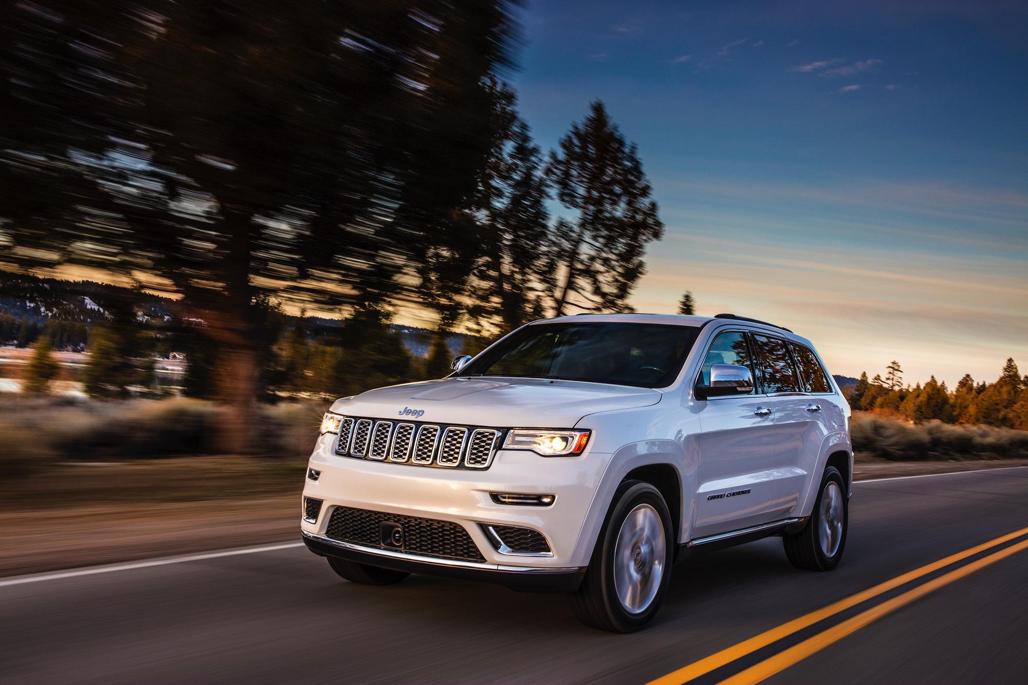 2017-Jeep-Grand-Cherokee–001