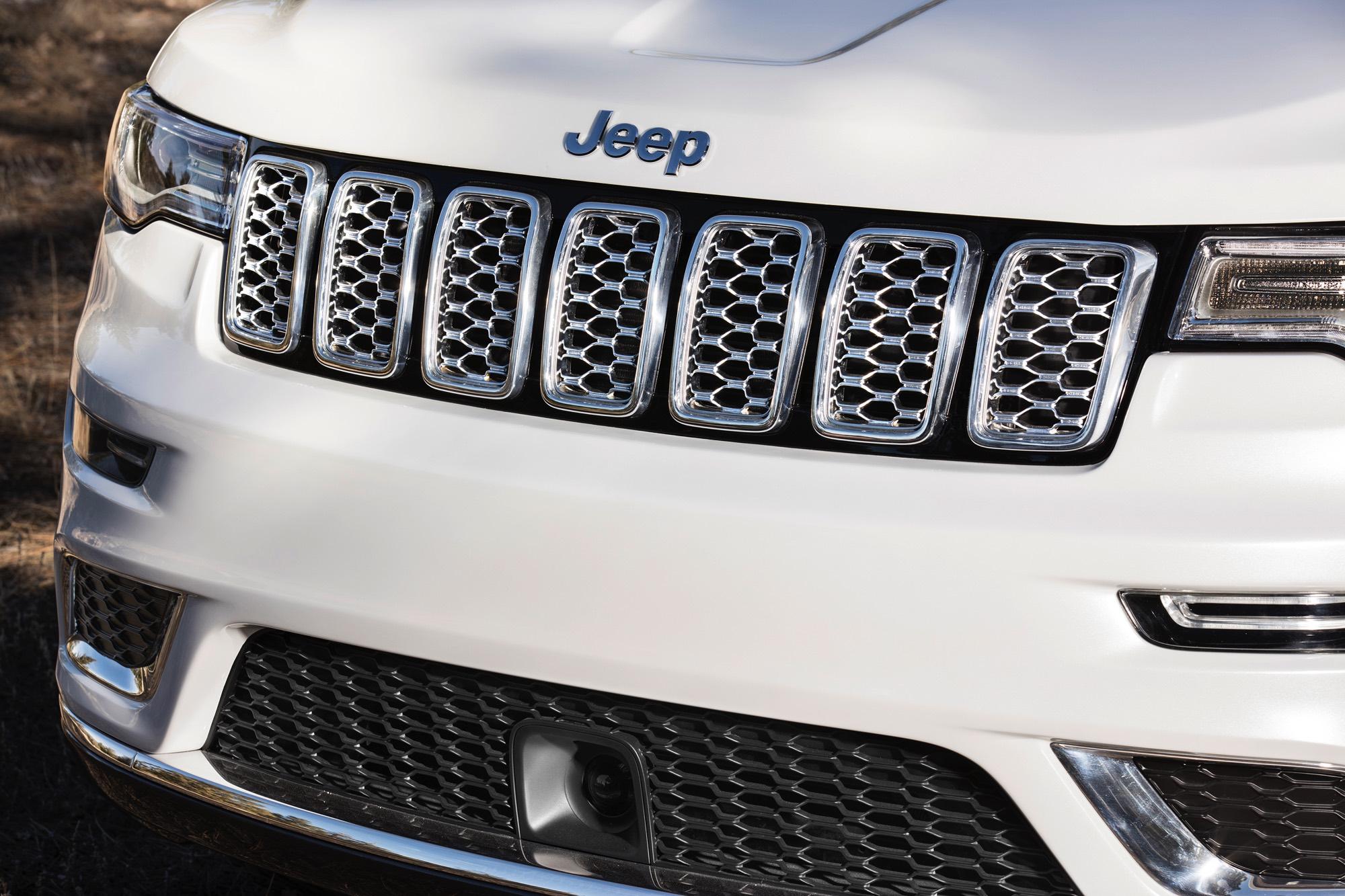 2017-Jeep-Grand-Cherokee–005