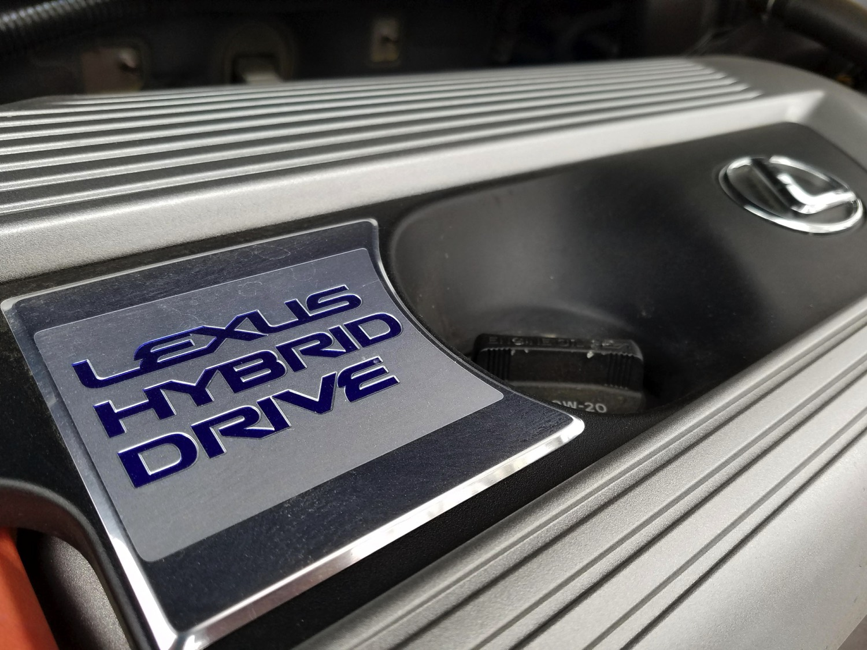 2018-Lexus-NX-300h–036