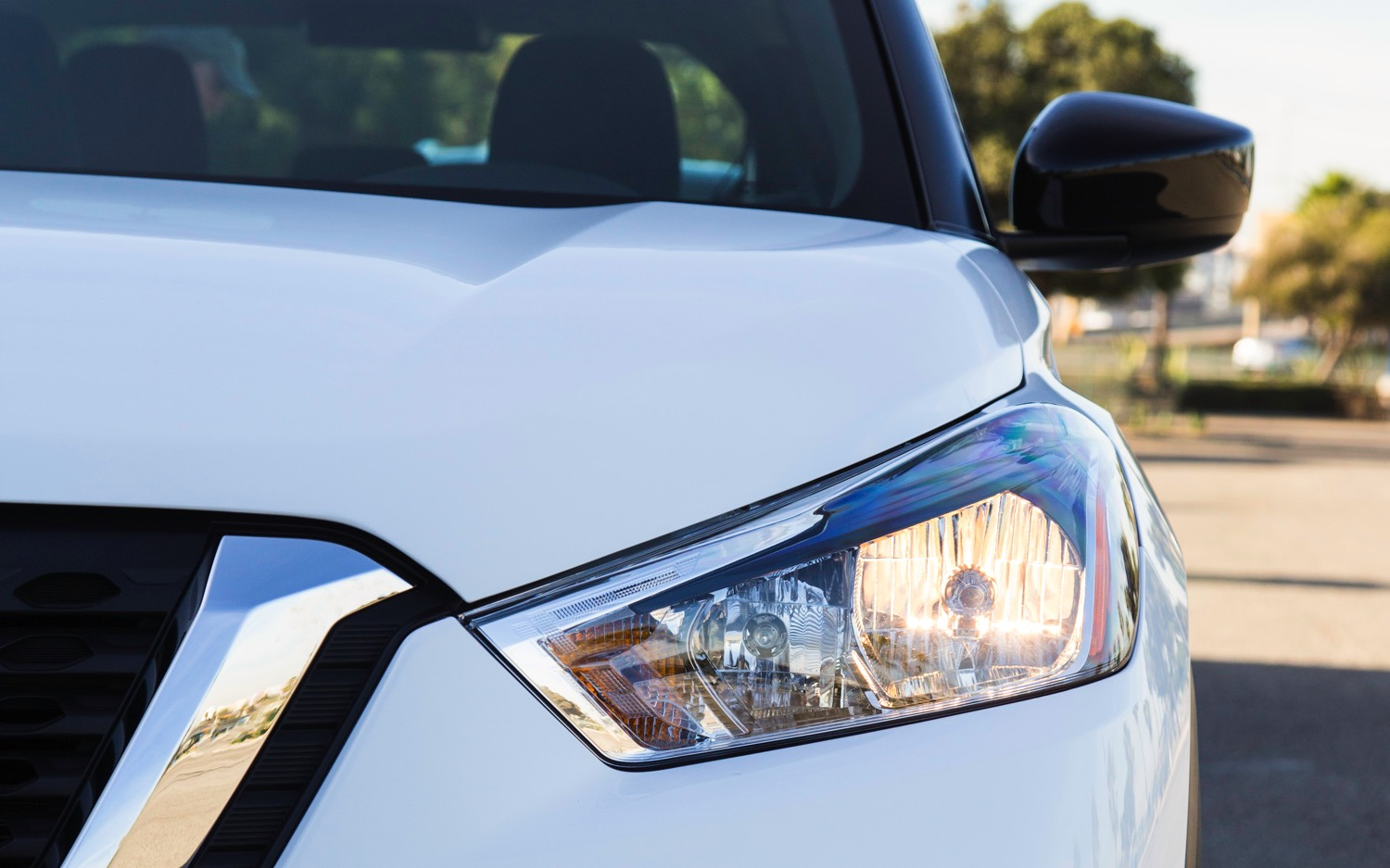 2018 Nissan KICKS_CS Headlight