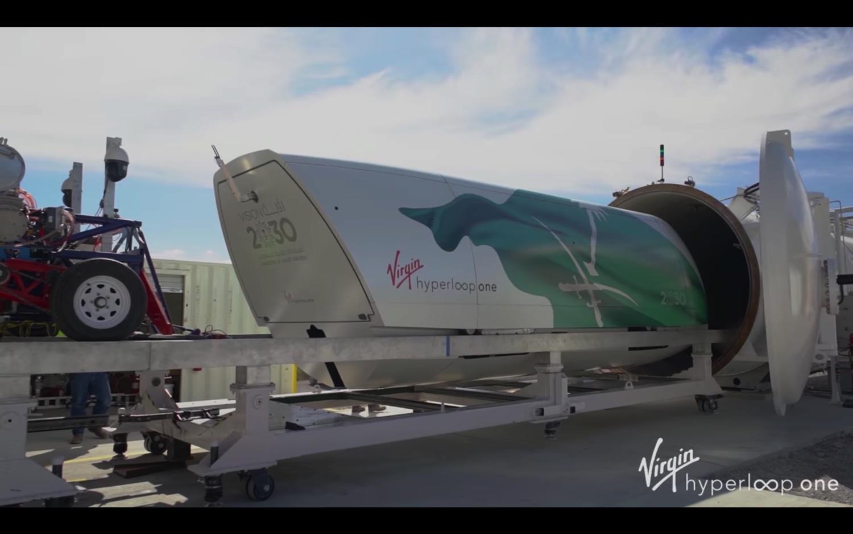 Virgin-Vision-2030-Hyperloop-Pod–07