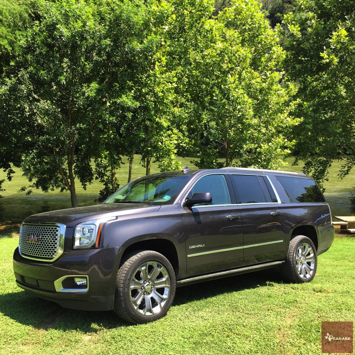 2016 gmc yukon xl denali a higher standard of motoring. Black Bedroom Furniture Sets. Home Design Ideas
