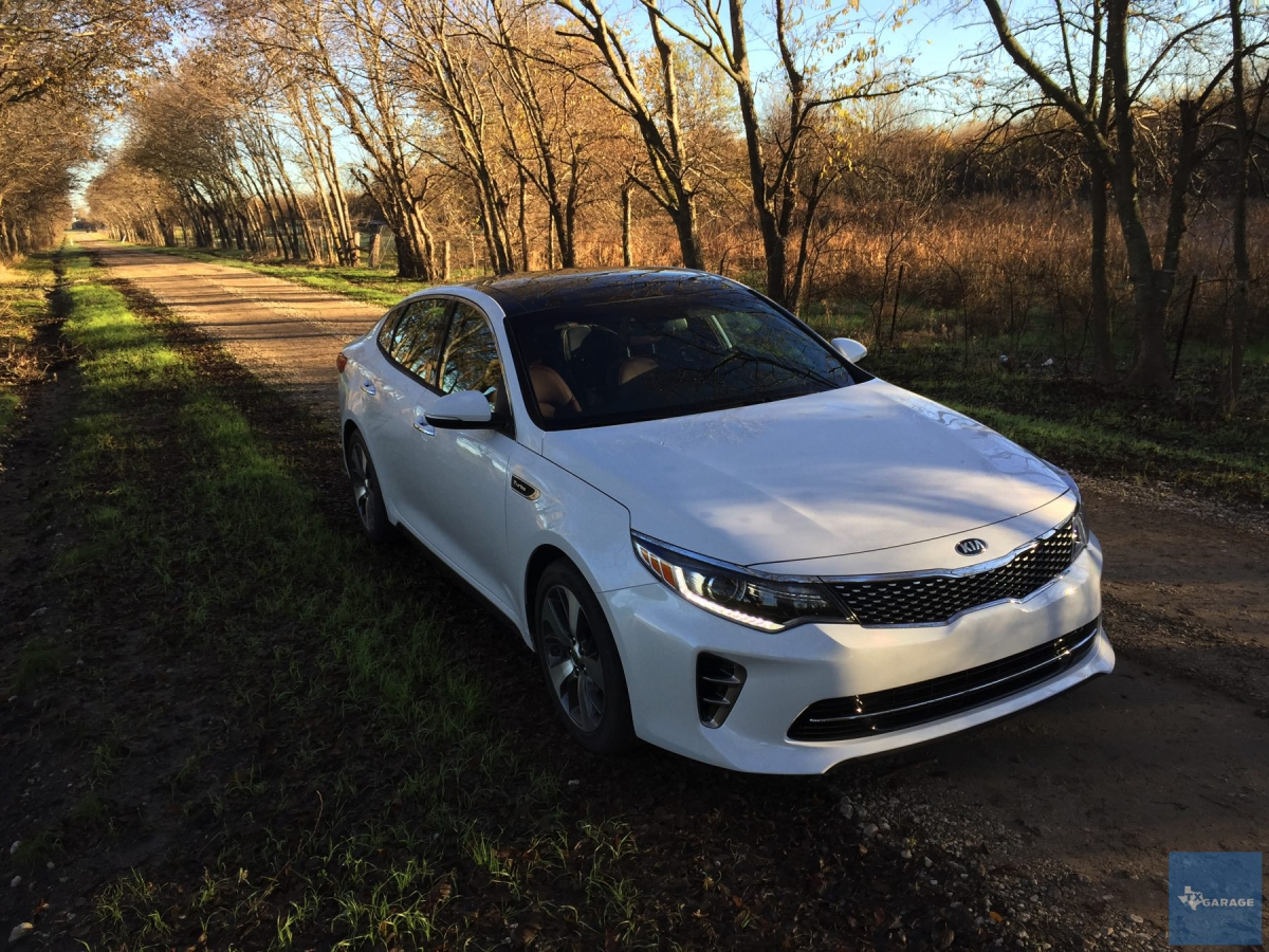 2016 kia optima sx turbo thinking midsize sedan optimize it txgarage. Black Bedroom Furniture Sets. Home Design Ideas
