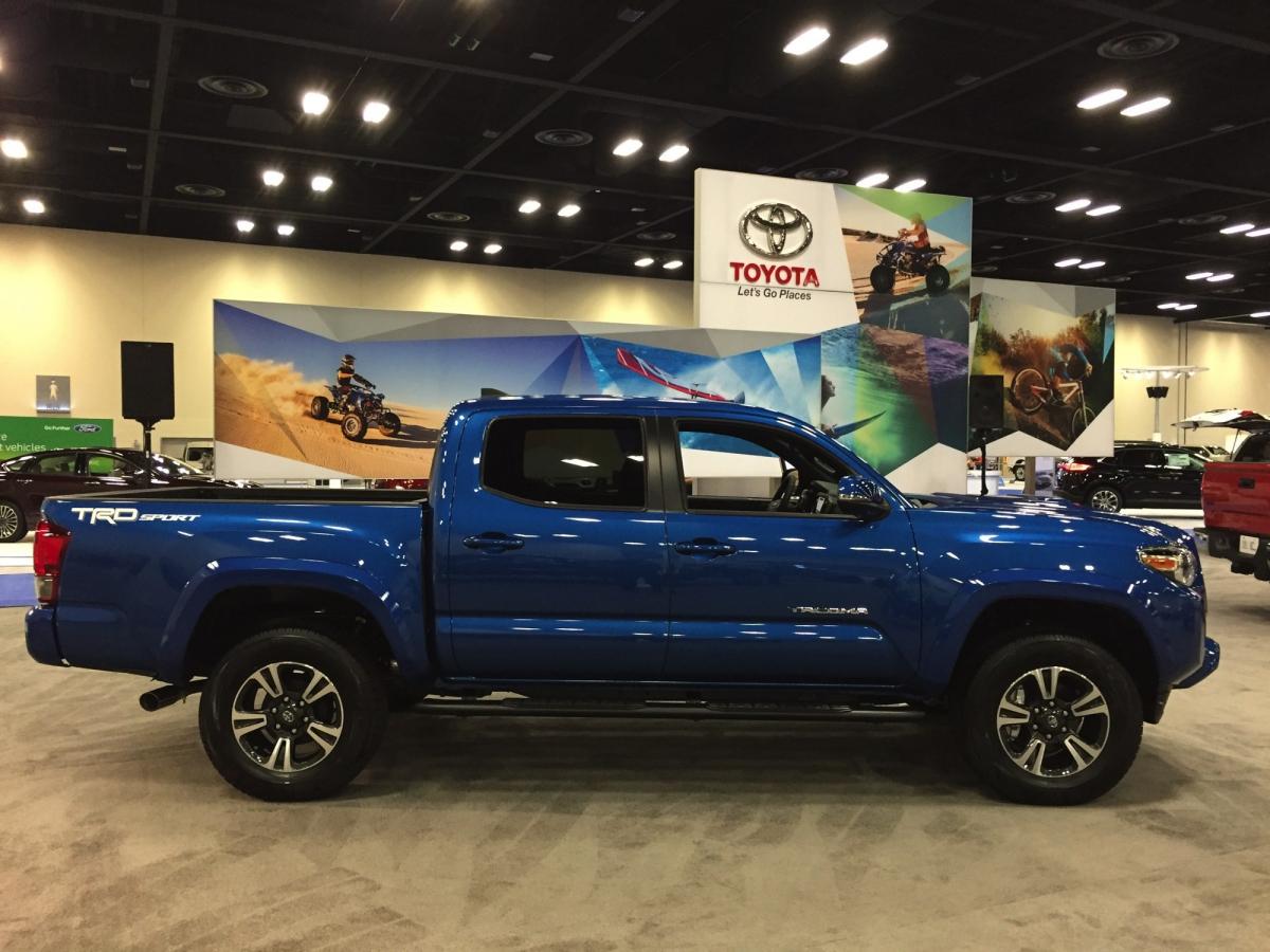 2016 San Antonio Auto Show | txGarage