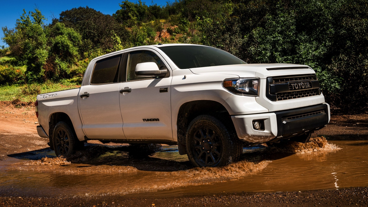 2017 toyota tundra trd pro a rigorous appraisal txgarage. Black Bedroom Furniture Sets. Home Design Ideas