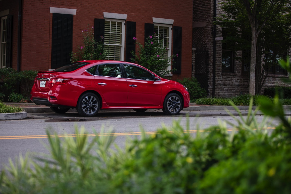 New 2017 Nissan Sentra SR Turbo is performance powered and ...