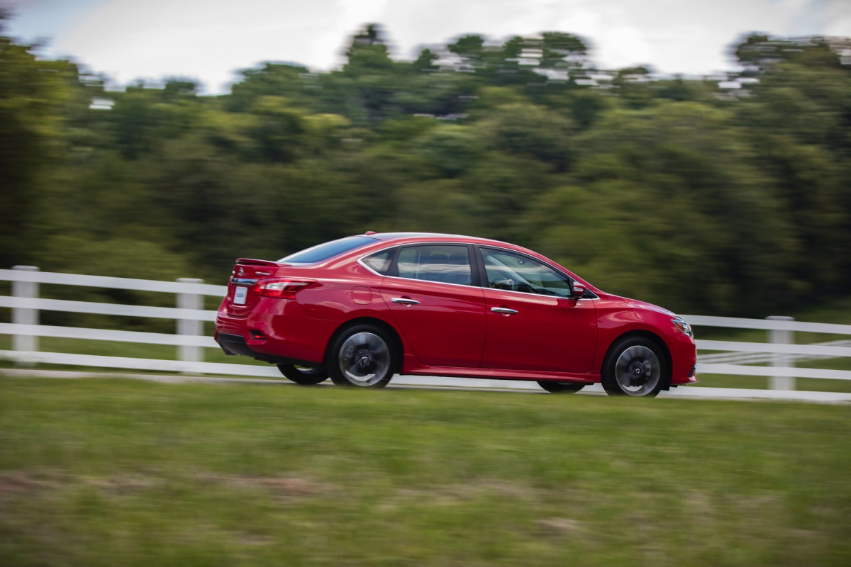 new 2017 nissan sentra sr turbo is performance powered and value priced txgarage. Black Bedroom Furniture Sets. Home Design Ideas