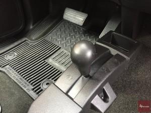 2015-Chevrolet-Silverado-1500-4x4-016