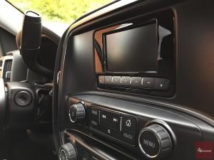 2015-Chevrolet-Silverado-1500-4x4-017