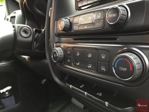2015-Chevrolet-Silverado-1500-4x4-018