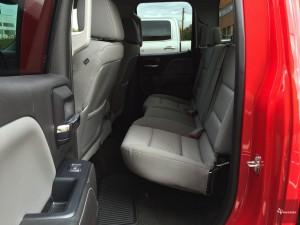 2015-Chevrolet-Silverado-1500-4x4-021