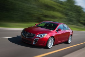 2016-Buick-Regal-GS--004