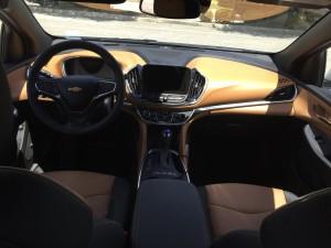 2016-Chevrolet-Volt-txg-JG-003