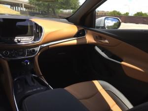 2016-Chevrolet-Volt-txg-JG-004