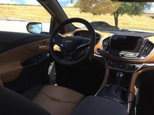 2016-Chevrolet-Volt-txg-JG-005