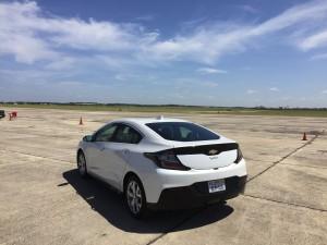 2016-Chevrolet-Volt-txg-JG-013