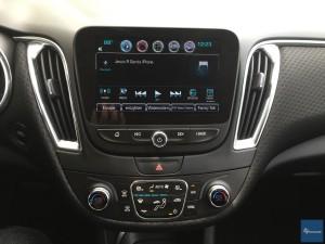 2016-Chevy-Malibu-Hybrid--011