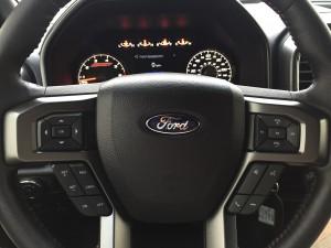2016-Ford-F-150-XLT-4x4--023