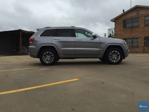 2016-Jeep-Grand-Cherokee-txGarage-017