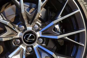 2016-Lexus-GS-F-txGarage-009